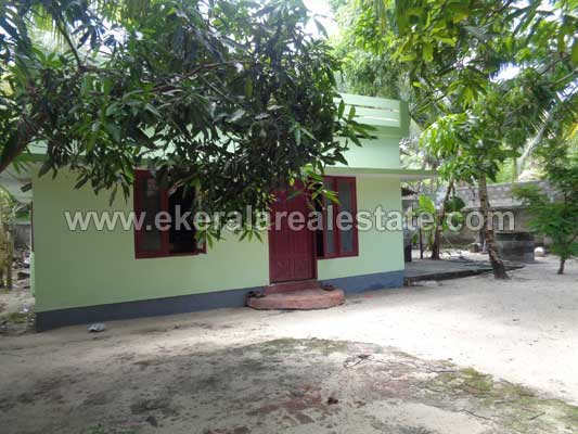 Thiruvananthapuram Real estate 8.5 Cents 1000 Sq.ft Used House sale near Kinfra Park Menamkulam Kazhakuttom